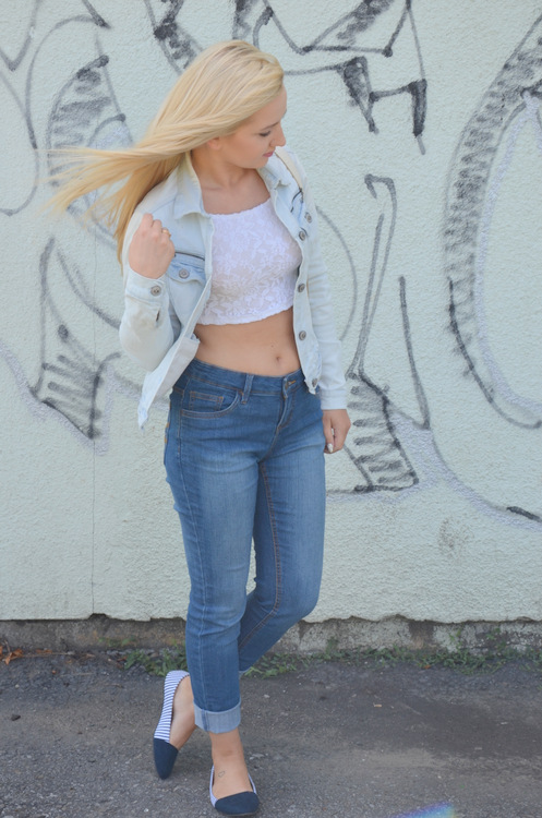 All in JEANS